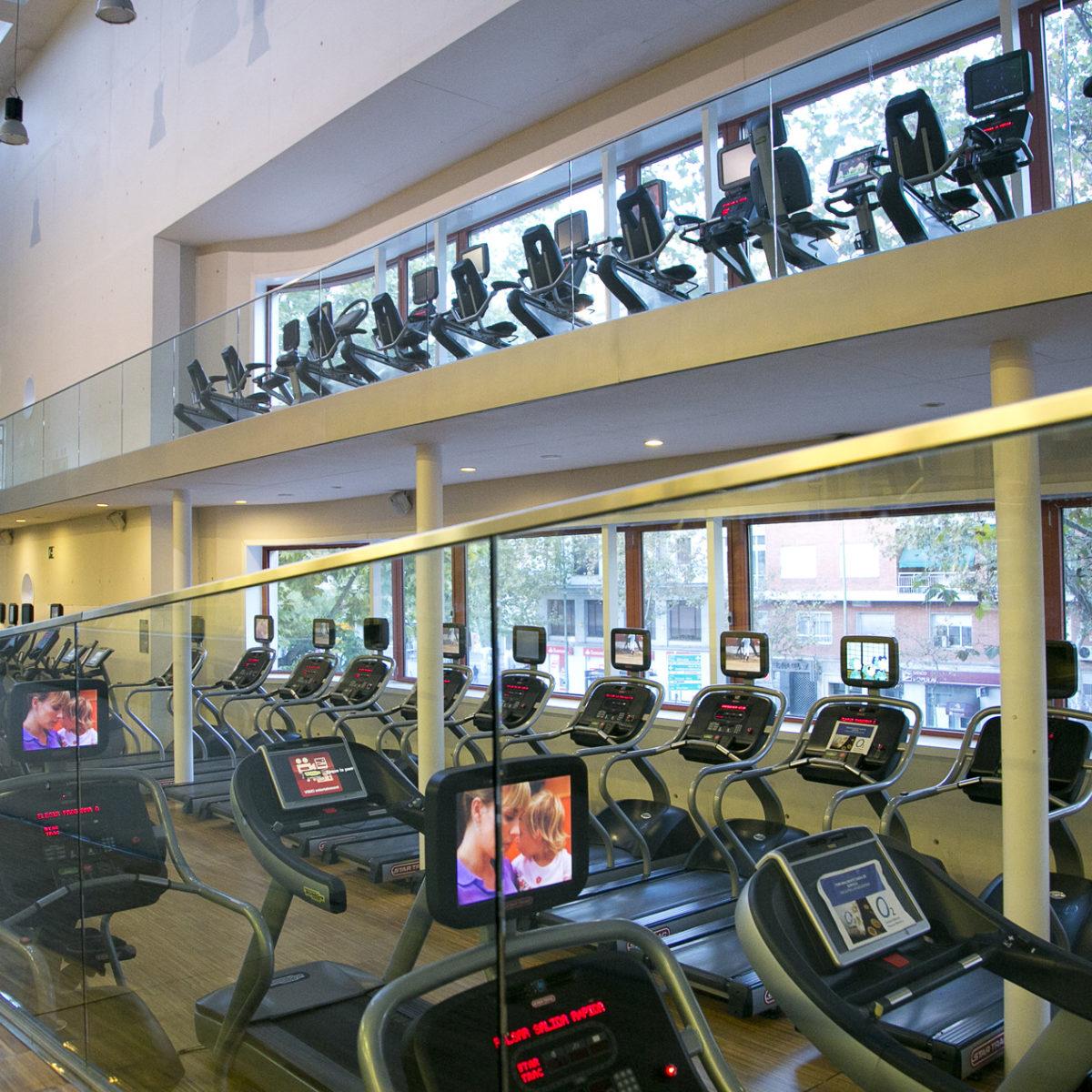 Gimnasio Piscinas Entrenamiento Personal O2 Centro Wellness